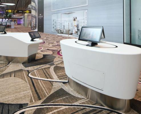 Applicazione Corian® Desk CheckIn Aeroporti